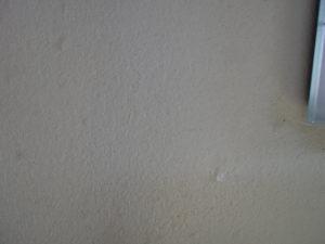 漆喰にはシリコーンの防水層が出来、水の浸透は有りません