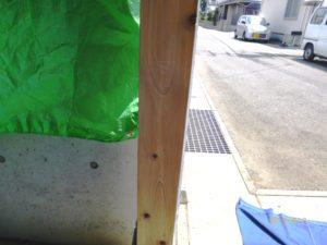 自然塗料が剥がれた綺麗な木肌