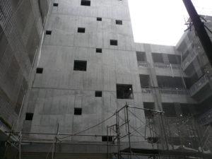 武蔵野美術大学2号館新築現場西面全景