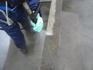 高圧洗浄でコンクリートは甦りました