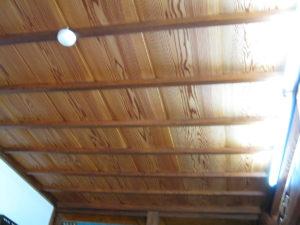 しみ抜き後の天井の表情