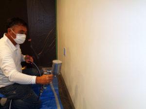 ムラのない均一な塗装が重要です。一般的塗装とは異なります。